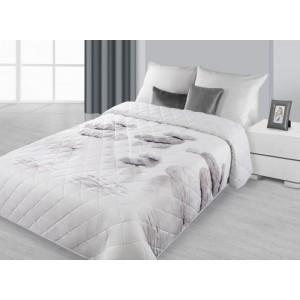 Stříbrný prošívaný přehoz na postel
