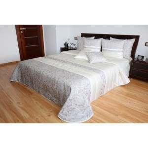 Kvalitní krémový přehoz na postel se vzorem