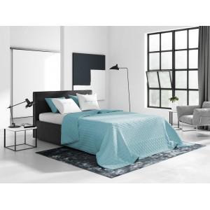 Světle modrá oboustranná prošívaná přikrývka na postel