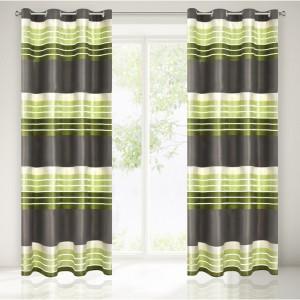 Interiérové dekorační závěsy do obýváku v zelené barvě