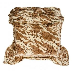 Teplá hnědá deka se zvířecím motivem