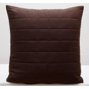 Kvalitní povlaky na polštáře v tmavě hnědé barvě