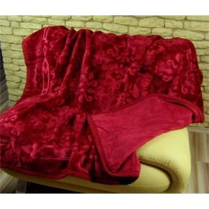 Deka na postel bordó barvy