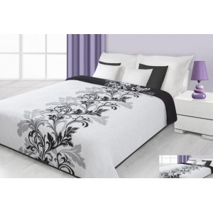 Přehoz na postel bílé barvy s černými květy