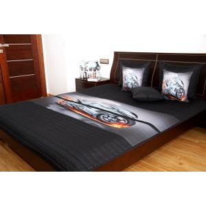 Přehoz na dětskou postel černé barvy s šedou rychlou motorkou