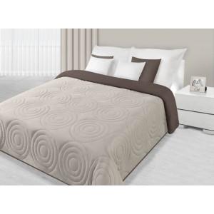 Přehoz na postel hnědé barvy s kruhovým prošíváním