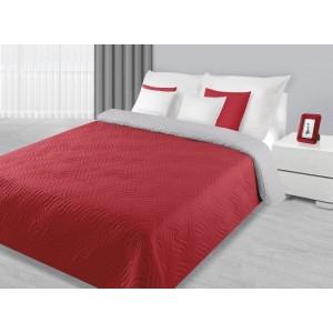 Červený oboustranný přehoz na manželskou postel