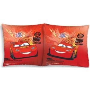 Červený dětský povlak na polštář s autíčkem McQUEEN