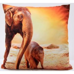 Oranžovo-hnědý 3D povlak na polštář se slony