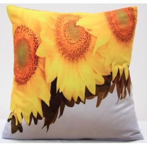 Levný bílý povlak na polštář s o slunečnicemi