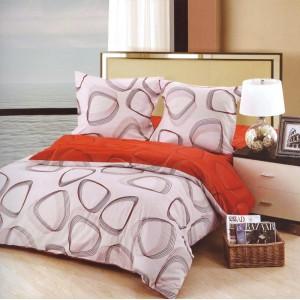 Béžovo červené povlečení na postele s geometrickými tvary