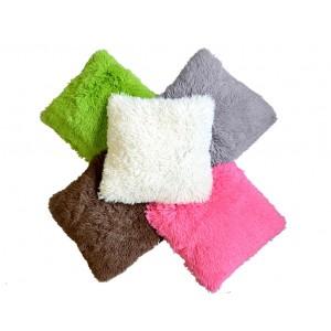Chlupatý povlak na polštář