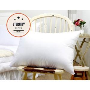 Bíle polštáře pro alergiky 60 x 70 cm