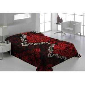 Černá deka na postel s ornamenty