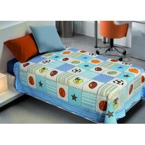 Barevné přehozy na detskou postel v modré barvě s sportovním motivem