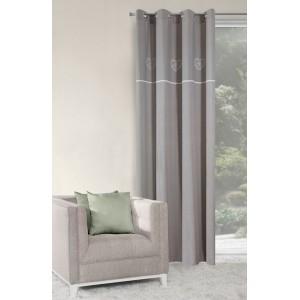Elegantní závěs na okno šedé barvy