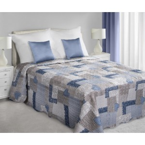 Patchworkové přehozy na postel šedě modré barvě se srdíčkovým vzorem