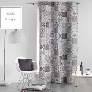 Bílo šedé skandinávské závěsy na okno s různými vzory