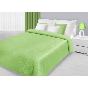 Luxusní přikrývky na manželskou postel v pistáciové barvě