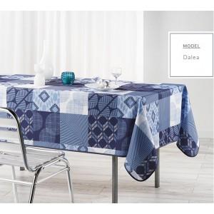 Modrý jídelní ubrus s různými vzory