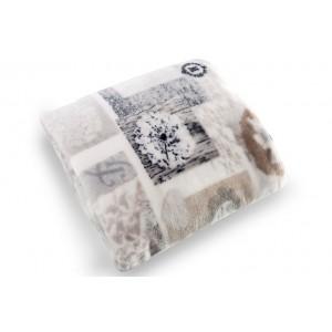Krémové deky a přikrývky na postel se vzorem