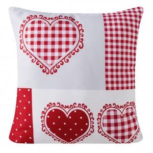 Červený dekorační povlak na polštář se vzorem srdcí