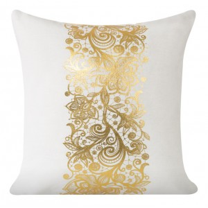 Ozdobný povlak na polštář se zlatým vzorem