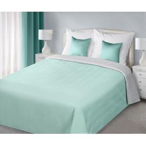 Modré oboustranné přikrývky na postel