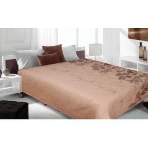 Přehoz na postel béžové barvy s hnědými květy