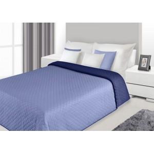 Přehoz na postel světlemodré barvy s prošívaným vzorem