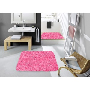 Koupelnový koberec růžové barvy