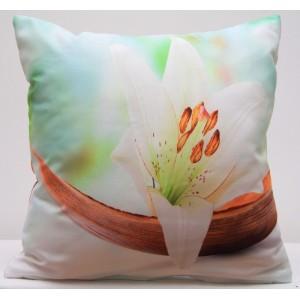 Bílo modrý povlak na polštář s motivem bílé lilie