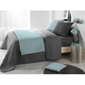 Prošívaný přehoz na postel v tmavě šedé barvě