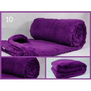 Teplá luxusní deka fialové barvy