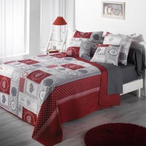 Romantický šedě červený přehoz na manželskou postel