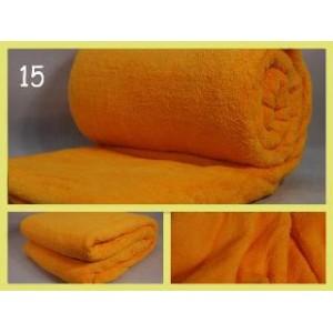 Klasická teplá deka oranžové barvy