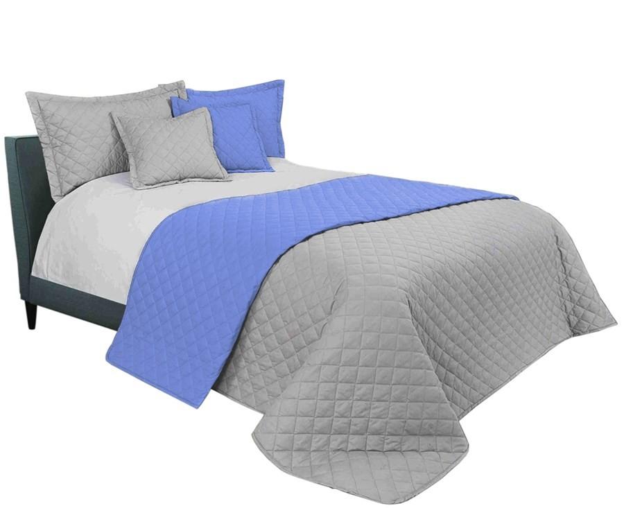 Světle šedý přehoz na manželskou postel 220 x 240 cm