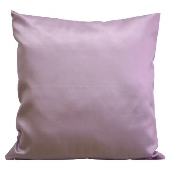Světle fialové dekorační potahy na polštáře