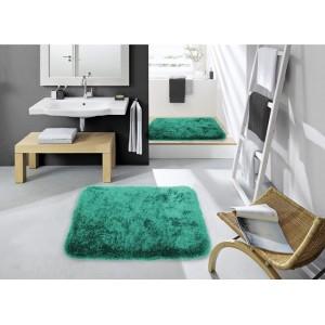 Tmavě zelené koberečky do koupelny