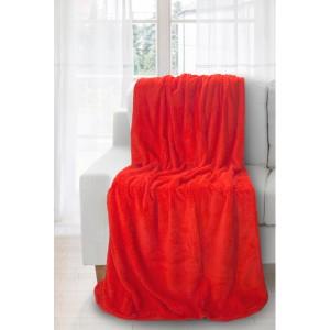 Červený přehoz na sedací soupravy