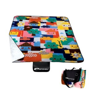 Pikniková deka s barevným motivem
