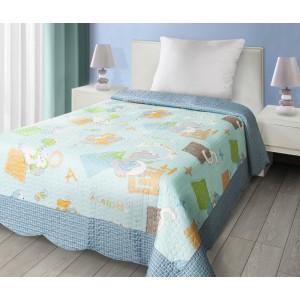 Modrý přehoz na postel s dětským motivem