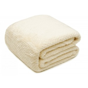 Teplé deky v krémové barvě