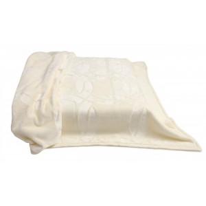 Luxusní deky na sedačku krémové