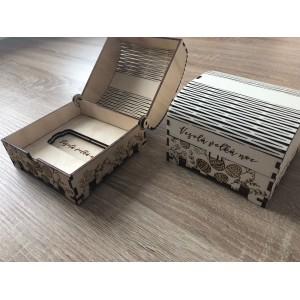 Dřevěná krabička s motivem Velikonoc