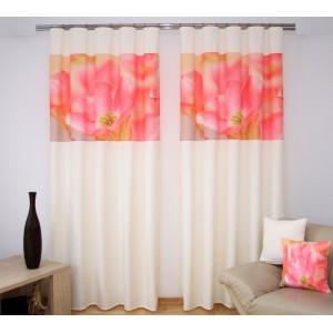 Závěsy za výhodné ceny krémově růžové barvy s květem