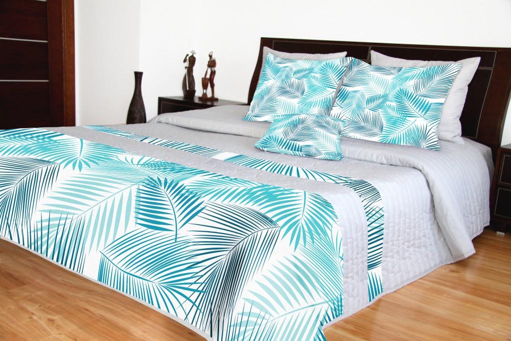 Přehoz na postel s modrým potiskem