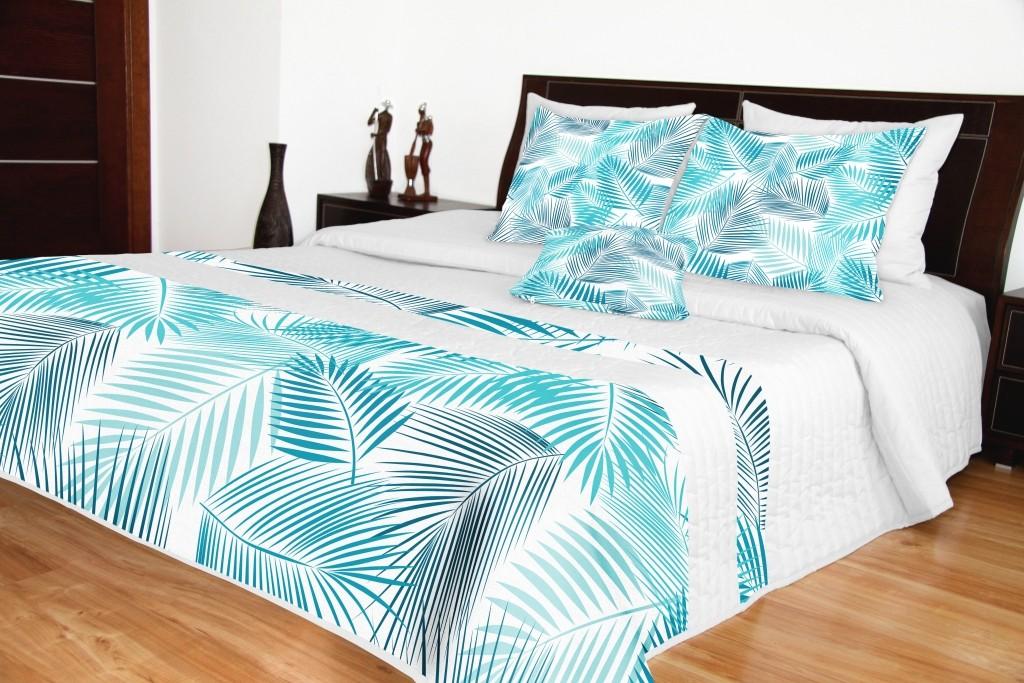 Přehozy přes postel bílé s modrým potiskem