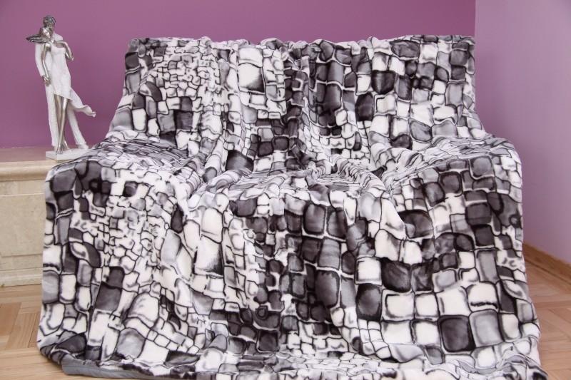 Šedě černá s motivem kamenů