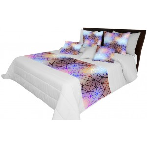 Kvalitní přikrývky na postel s barevným vzorem